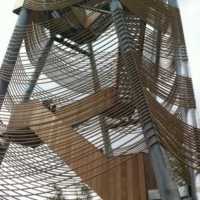 Uitkijktoren rijst boven Lommelse Saharauit
